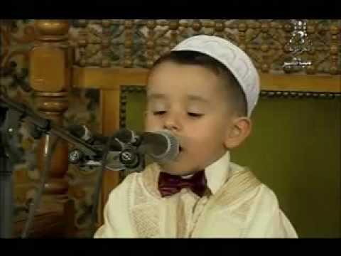 الطفل المعجزة عبد الرحمن فارح مع رئيس الجمهورية