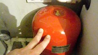 Правильное заполнение системы отопления закрытого типа.(Как правильно заполнить систему отопления закрытого типа. заполнение системы отопления водой требует..., 2016-01-27T20:45:17.000Z)