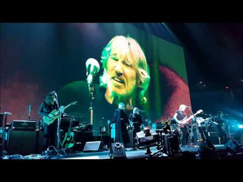 Roger Waters live at the AT&T Center San Antonio, TX 7-1-17