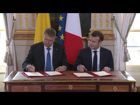 STIRIPESURSE.RO Primirea președintelui Klaus Iohannis la Palatul Elysees