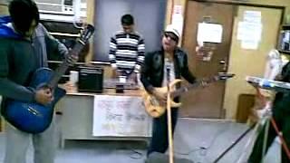 Qatar Funny band music 08 Jan 2010  ( NOOR HOSSAIN )
