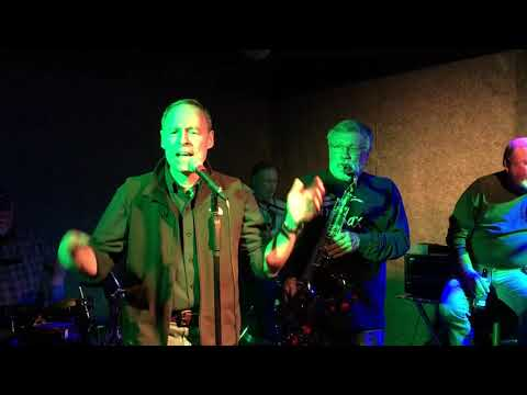 """""""Timeless"""" Plays Johnnie B.Goode With Guest Vocalist Andy Millard"""
