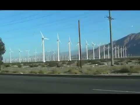 The Alta Wind Energy Center in California, USA. Вітряна електростанція Альта в Каліфорнії, США.