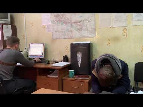 В Черемхово злоумышленники напали на сотрудницу офиса микрозайма, угрожая зараженным шприцем