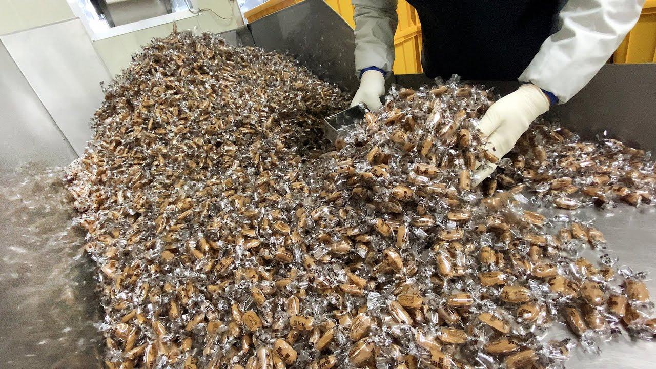이 카라멜 모르면 간첩!? 하루 3000봉지 팔리는 40년 된 땅콩카라멜 공장┃40-year-old peanut caramel factory, Korean street food