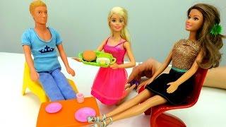 #Барби и Кен открывают кафе 🍡Игры Барби для девочек(Барби не может найти работу! Кен предлагает ей открыть свое кафе ☕ Теперь нужно собрать кухню и купить еду..., 2017-03-14T07:29:07.000Z)