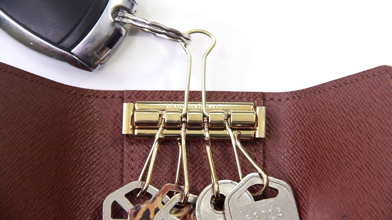 how to clean lv key holder