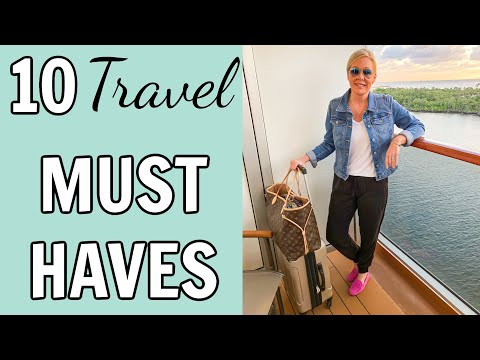 1b1431d5aad7 Top 10 Travel Clothing Items To Pack {My Must Haves}