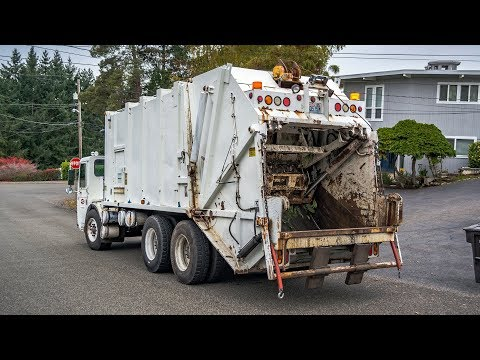 CCC LET - Dempster Route King Garbage Truck