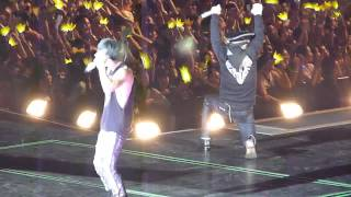 Video [FANCAM] 120928 ENCORE FANTASTIC BABY - BIG BANG ALIVE TOUR SINGAPORE download MP3, 3GP, MP4, WEBM, AVI, FLV Juli 2018