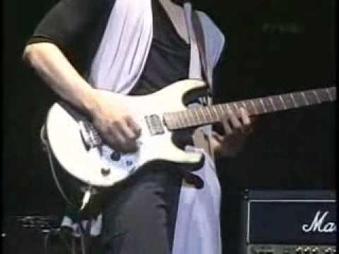 FT Island Jonghun guitar solo rock ver Canon in Tour 2009 I believe myself