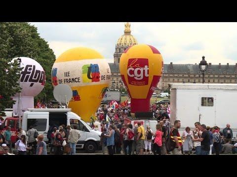 Code du travail: rassemblement à Paris contre la réforme