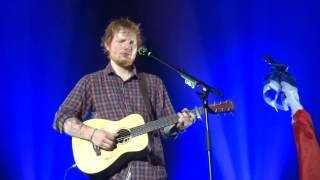 Ed Sheeran - Everything You Are/ Kiss Me/ Have I Told You Lately @ Le Transbordeur, Lyon; 22/11/14