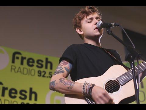 "Scott Helman - ""Bungalow"" LIVE at Fresh Radio"