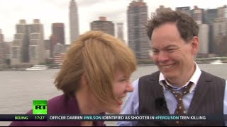 Keiser Report: End of No-Alternative-To-Dollar Era (E641)