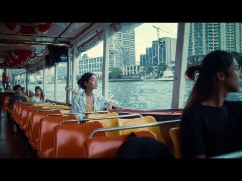 Смотреть клип Tahiti 80 - Hurts