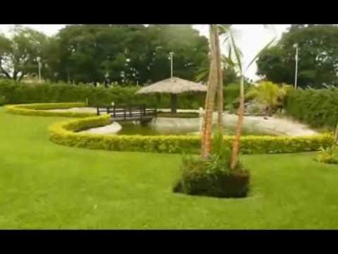 Sal n de eventos el lago de los sue os youtube for Bazzel el jardin de los secretos