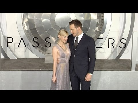 "Chris Pratt and Anna Faris ""Passengers"" World Premiere Black Carpet"