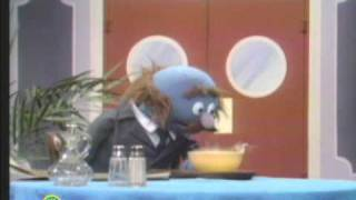 Sesame Street: Grover And Alphabet Soup