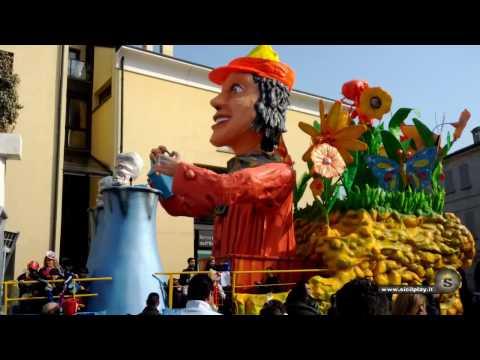 Castelnovo di Sotto (Reggio Emilia) - Carnevale del 26 Feb 2012 - HD