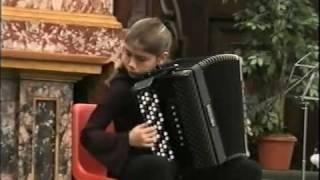 """La Toupie"" de Ilinski par Lucia Genilloud - accordéon"