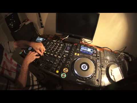 ADVANCED DJ LESSON ON LOOPS, SPIN BACKS AND ACAPELLAS