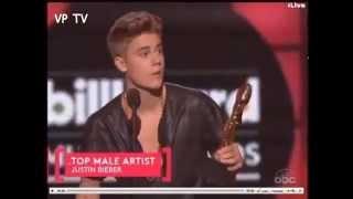 "Justin Bieber vence ""Top Male Artist"" no Billboard Music Awards 2013 [LEGENDADO]"