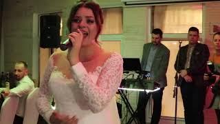 Невеста спела песню для жениха на свадьбе 2019