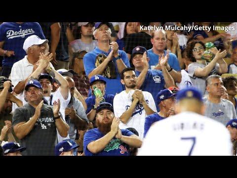Fans pack Dodger