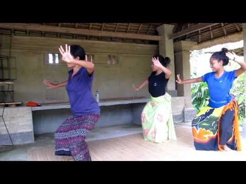 A Balinese Dance Lesson
