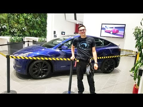 Tesla Model Y на Гигафабрике