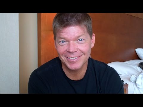 "Rob Liefeld Talks Deadpool, Image Comics, Previous Comic-Cons, and Plays ""Save or Kill"""