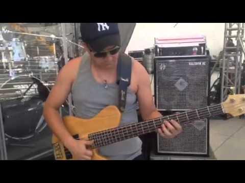 Federico Barragán (fey) Backstage fede bass