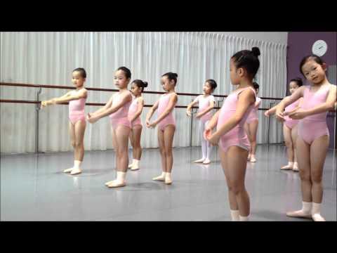 Ainsley RAD Ballet Grade 1 - Port De Bras (4)