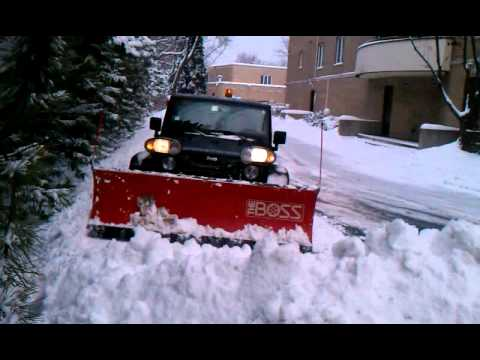 jeep wrangler unlimited plowing snow youtube. Black Bedroom Furniture Sets. Home Design Ideas
