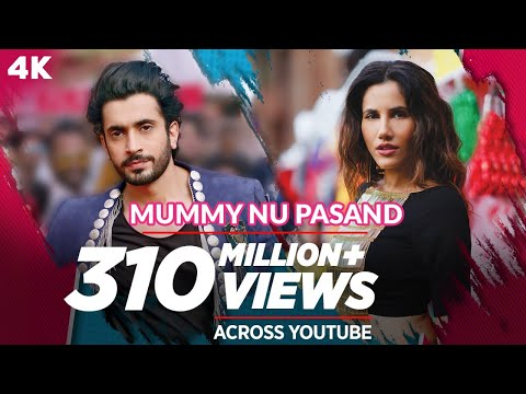 'Mummy Nu Pasand' sung by Sunanda Sharma