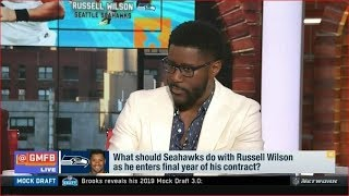 What should Seahawks do with Russell Wilson as he enters final year of his contract?