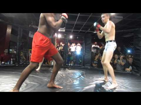 Sparring Session: Ryan Hollis vs. Clarence Brown (Rounds 1-2)