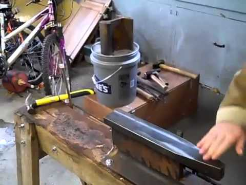 we 39 ve moved the forge into the garage and i have a new anvil youtube. Black Bedroom Furniture Sets. Home Design Ideas