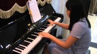 HAPPY NEW YEAR - Học Viên : Minh Trang - Lớp Nhạc Gioan