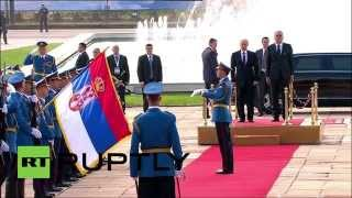 Serbia: Putin welcomed with honours at the Palace of Serbia