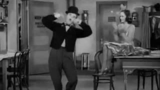 Modern Times (1936): Soundtrack: Je cherche après Titine by Léo Daniderff