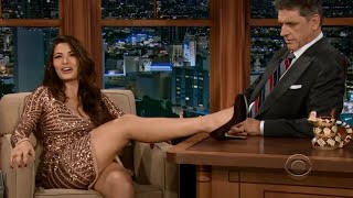 Download lagu Craig Ferguson entrevista Sarah Shahi MP3