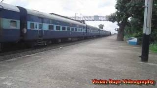 [HD] Thunder Strikes with Diesels on Howrah - Burdwan Chord !!