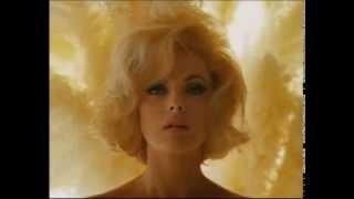 Sumo - Virna Lisi - Llegando los Monos (1986)