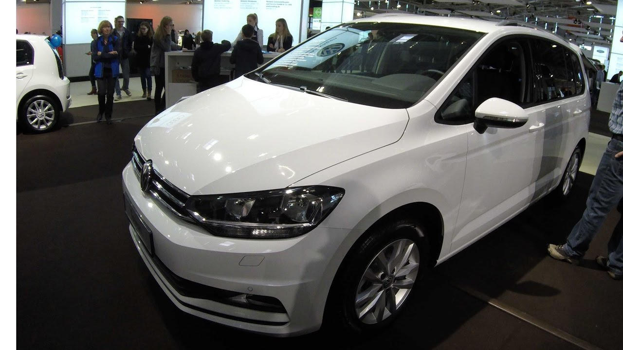 vw touran pure white colour new model 2017 walkaround and interior youtube. Black Bedroom Furniture Sets. Home Design Ideas
