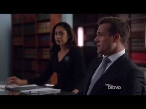 Suits - Mike owns Harvey in a Trial Run