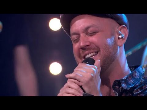 Matt Simons zingt zijn nieuwe single 'We Can Do Be - RTL LATE NIGHT