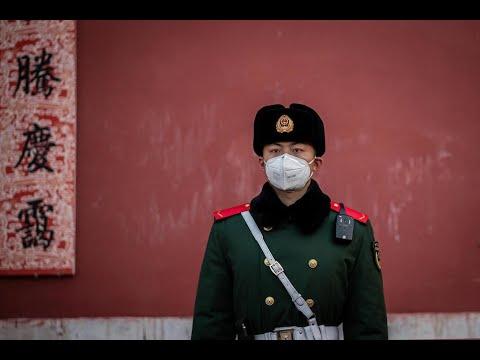 Coronavirus: près de 2 000 cas en Chine, le bilan de l'épidémie monte à 56 morts