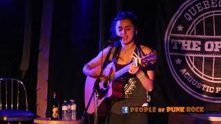 JENN FIORENTINO - Without Love (Propagandhi) @ Acoustic Fest, Québec City QC - 2017-11-04